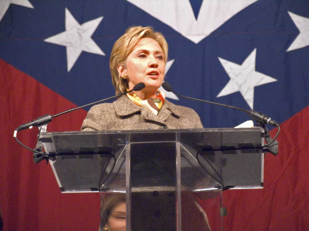 Hillary Clinton at First Lady's Luncheon 2004
