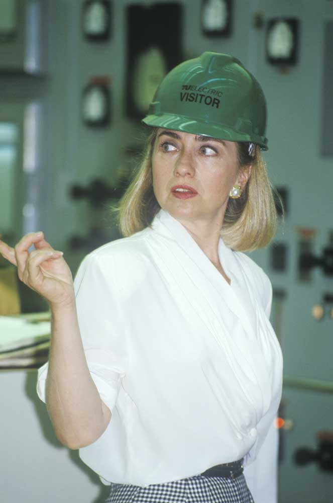 Hillary Rodham Clinton meets with workers at Waco, TX 1992