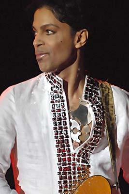 Prince Performing at Coachella - Photo (Micahmedia)